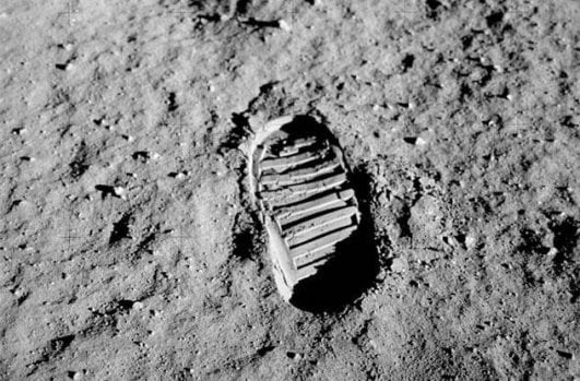 Footprint-on-the-moon 1969 instresting history event