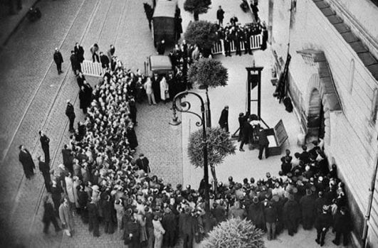 The-Last-Public-Execution-By-Guillotine-—-1939 instresting history event