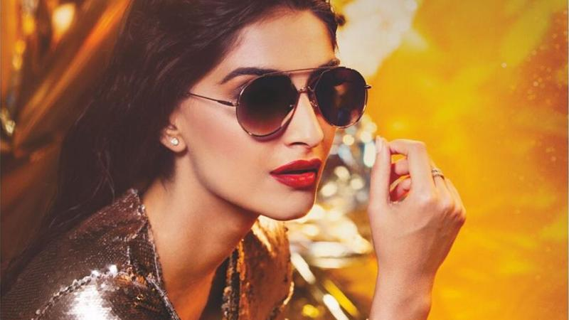 Sonam Kapoor is in Top 10 worst actress in bollywood list