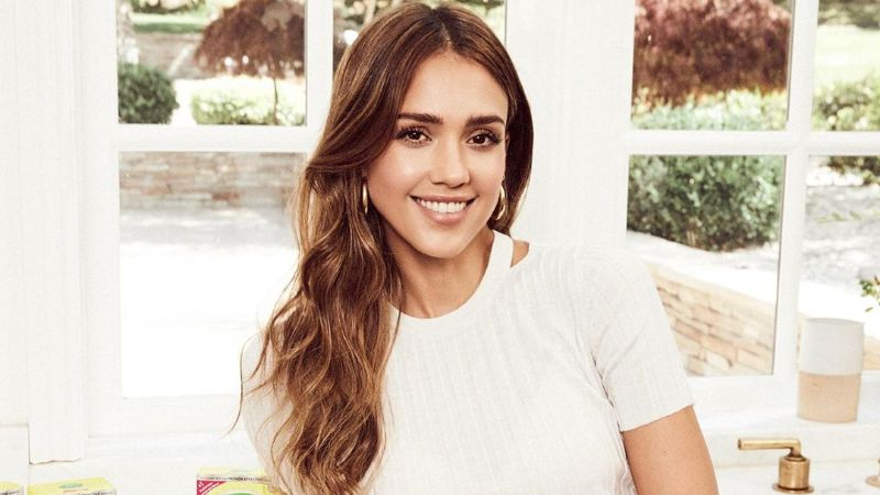 Jessica Alba is the Hottest Hollywood Actresses