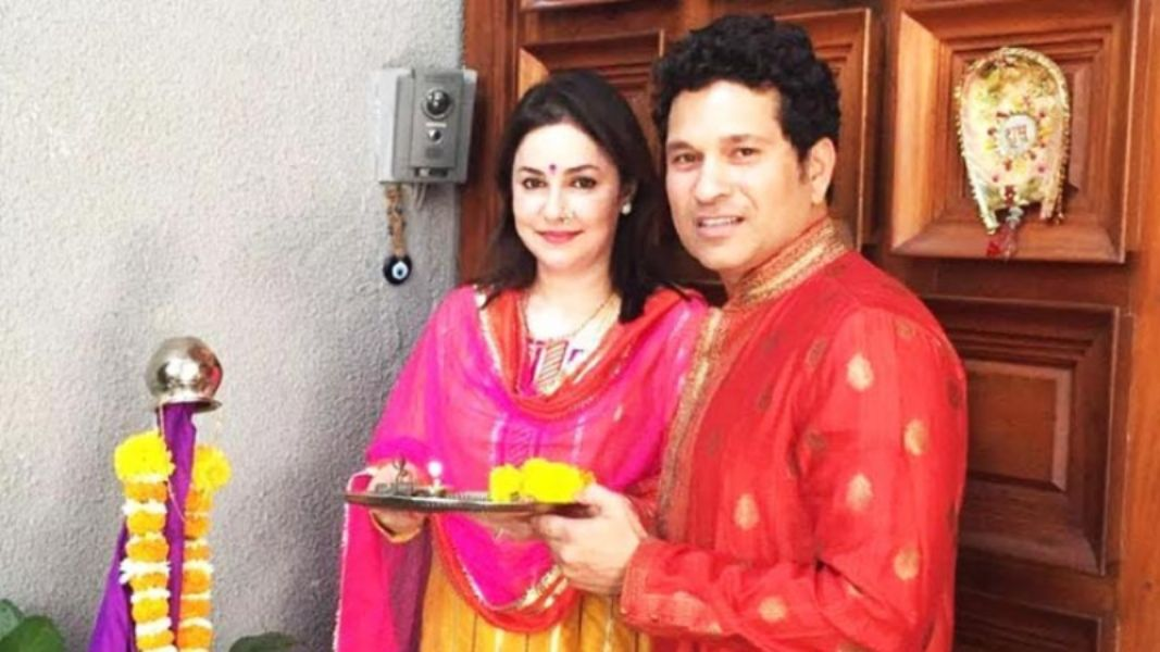 Anjali Tendulkar is most beautiful Indian Cricketer's Wife of Sachin Tendulkar