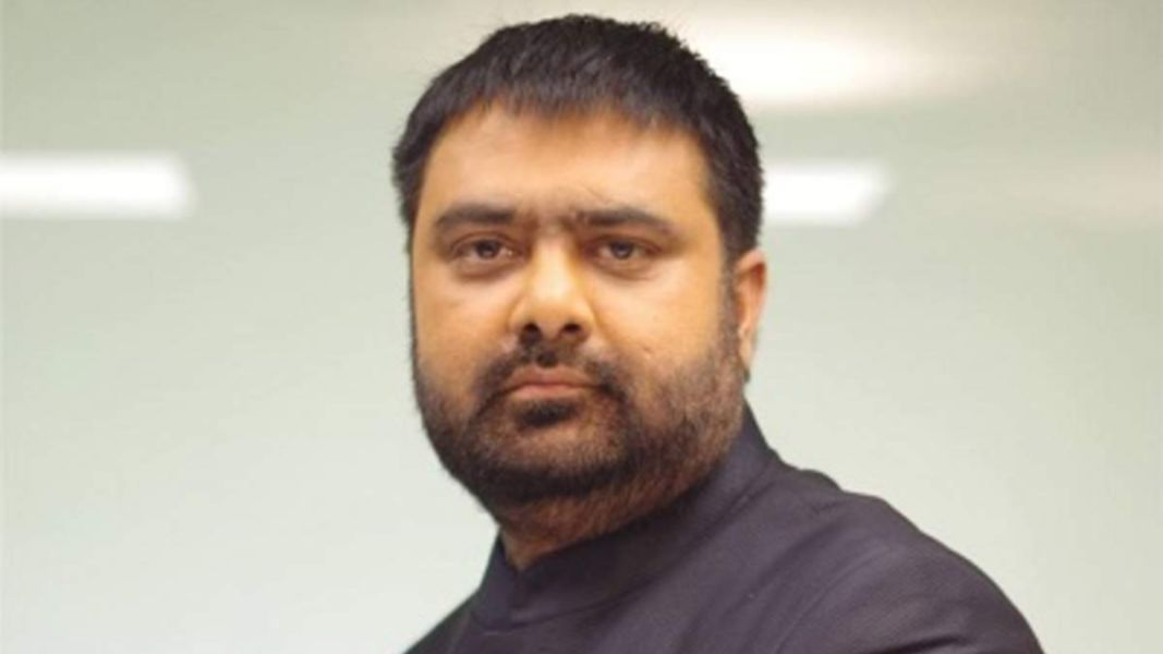 Deepak Chaurasia is the top 10 Best & Most Popular News Anchors in India