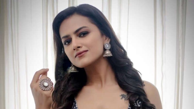Shraddha Srinath is one of the Top Best 10 Heroines of Kannada Film Industry