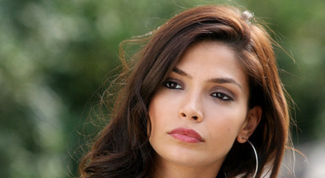 Eda Ozerkan is one of the Most Beautiful Turkish Actresses