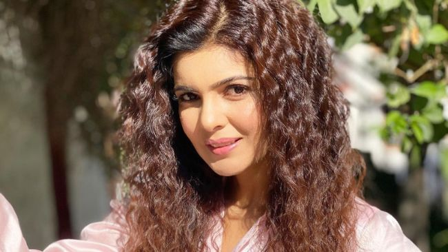 Ihana Dhillon is one of the Most Beautiful Punjabi Actresses